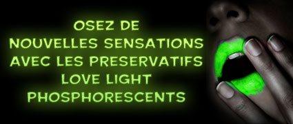 Découvrez les préservatifs fluorescents !